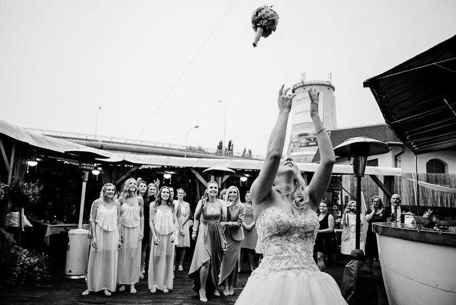 131_svatebni_fotograf_Photo_Nejedli